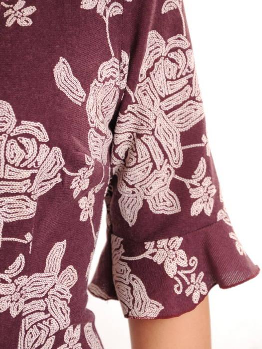 Sukienka w kwiaty, kreacja z ozdobnymi falbanami 31003