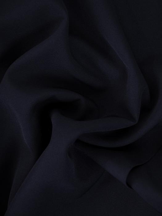 Asymetryczna sukienka z kopertowym dekoltem 22020