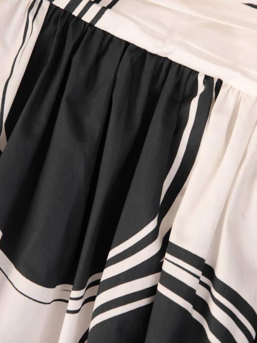 Bawełniana, czarno-biała sukienka w asymetrycznym fasonie 30939