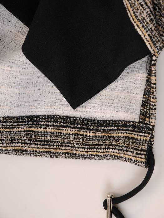Beżowa sukienka damska z kieszeniami 28132