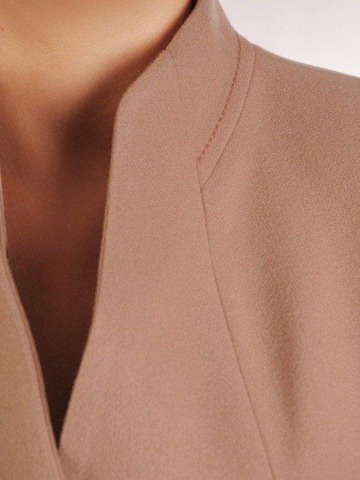 Beżowy płaszcz ze stójką 26665