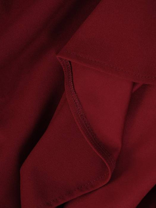 Bordowa sukienka rozkloszowana z kołnierzykiem 28246