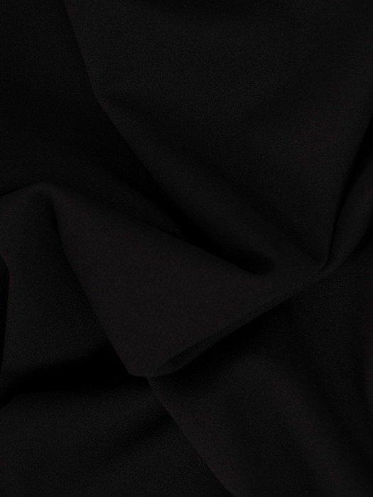 Czarna sukienka z dzianiny, kreacja z kopertowym dekoltem 22604