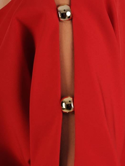 Czerwona  sukienka z ozdobnie wyciętymi rękawami 27689