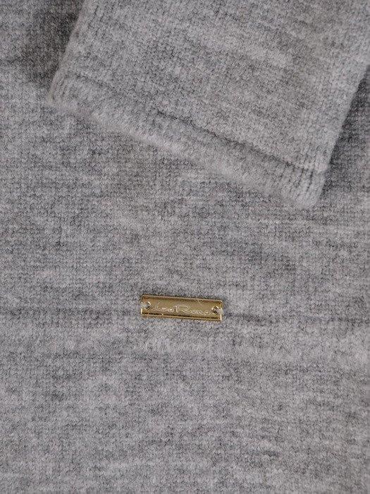 Długi sweter z modnym golfem Astrid I.