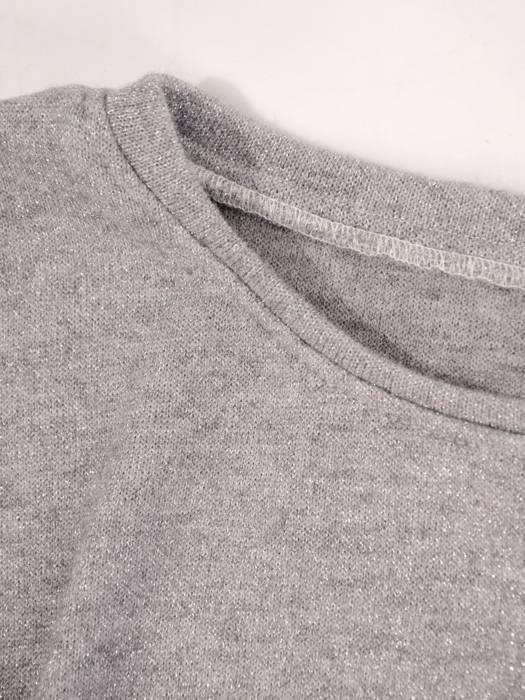 Dres sweterkowy damski zdobiony połyskującą nitką 29624