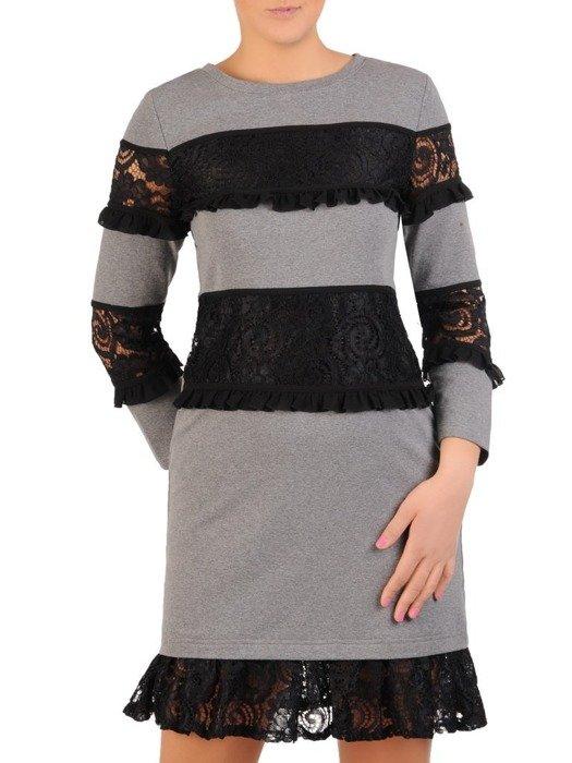 Dzianinowa sukienka z koronkowymi wstawkami Augustyna