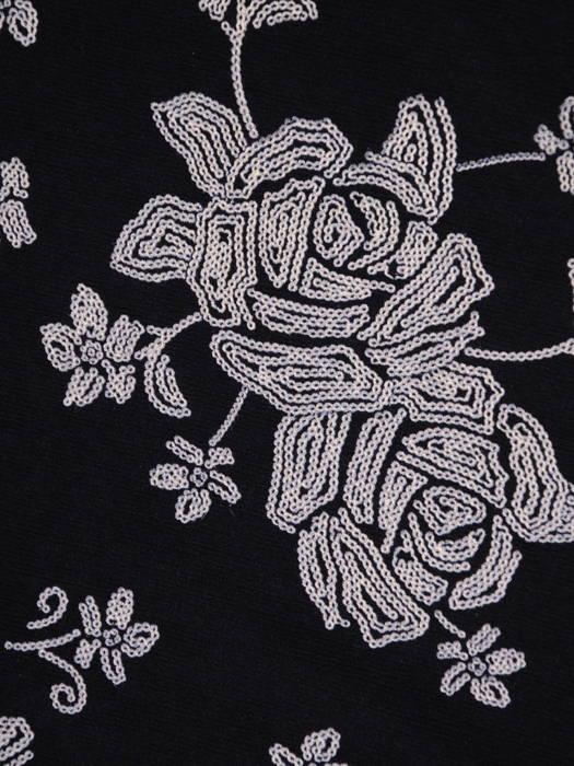Dzianinowa sukienka z ozdobnym złotym zamkiem 31010