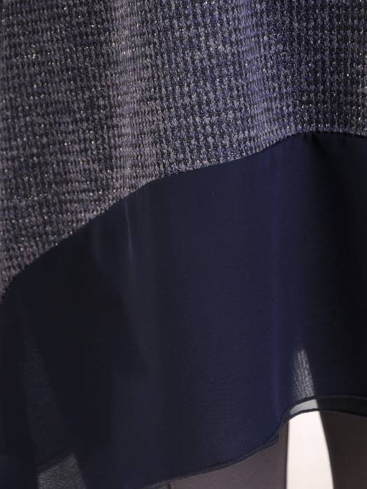 Dzianinowa tunika z długim rękawem wykończonym falbanką 28126