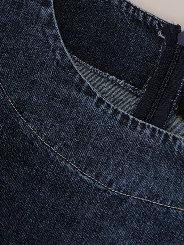Dżinsowa sukienka z podwijanymi rękawami 15780.