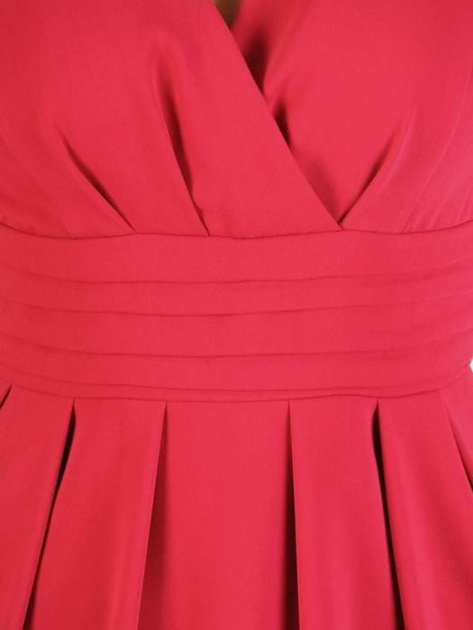 Elegancka malinowa sukienka z kopertowym dekoltem 29342