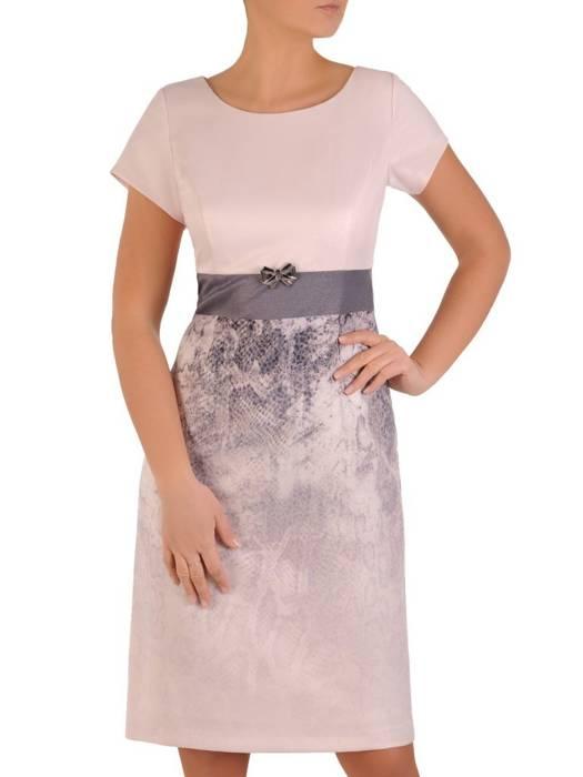 Elegancka, prosta sukienka na wiosnę 28203