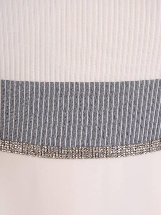 Elegancka sukienka o trapezowym kroju, kreacja na wiosnę 28187