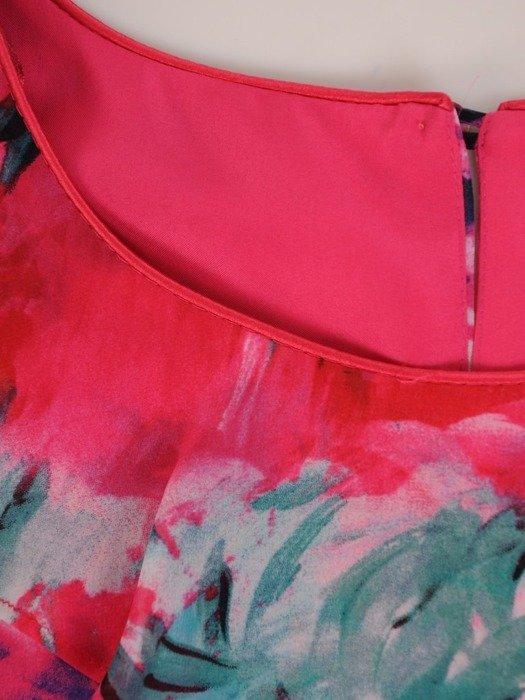Elegancka sukienka z asymetryczną falbaną przy dekolcie 25421