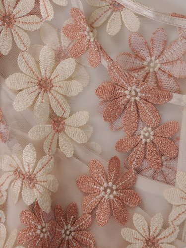 Elegancka sukienka z koronkowym topem, dwuwarstwowa kreacja w kwiaty 15139