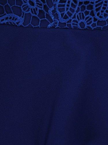 Elegancka sukienka z podwójną baskinką 16729, chabrowa kreacja wizytowa.