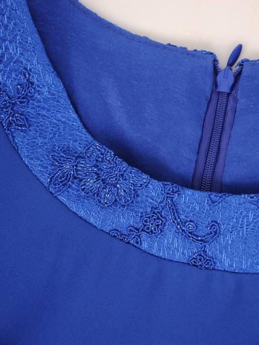 Elegancka sukienka ze zwiewnego szyfonu, kreacja z koronkową lamówką 30697