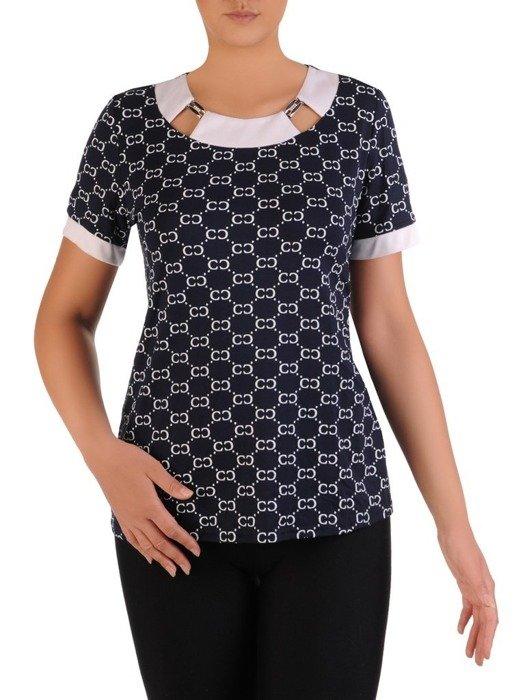Granatowa bluzka z ozdobnym dekoltem 26105