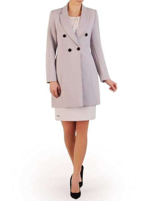 Jasny płaszcz damski z ozdobnymi guzikami 28497