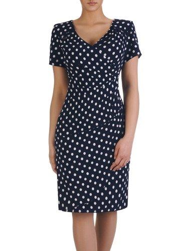 Kopertowa sukienka z ozdobnymi zakładkami 15440, elegancka kreacja w grochy.