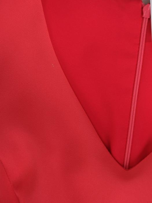 Koralowa suknia w asymetrycznym fasonie, nowoczesna kreacja na wesele 21532