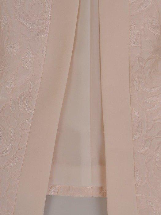 Kremowy kostium damski z wytłaczanym żakietem 25295