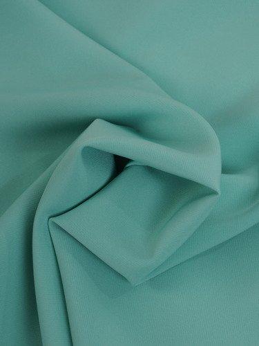 Luźna sukienka odsłaniająca ramiona 15935, trapezowa kreacja w kolorze miętowym