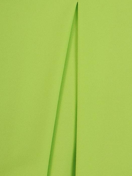 Luźna sukienka z kontrafałdą, neonowa kreacja z golfem 28934