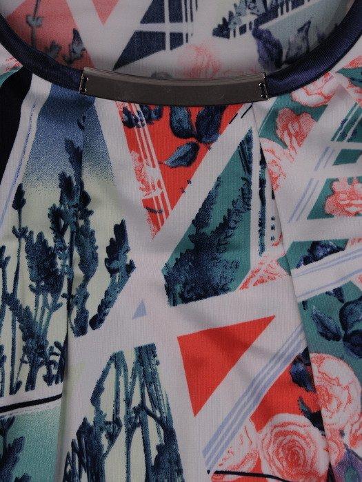 Modna bluzka z metalową aplikacją 16131.