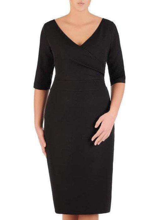 Nowoczesna sukienka z kopertowym dekoltem, czarna kreacja z połyskującej tkaniny 22600