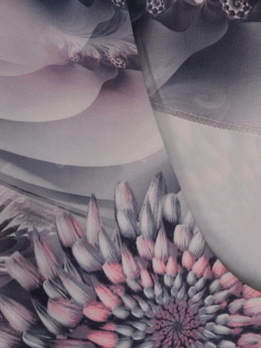 Prosta sukienka w eleganckie kwiaty, koktajlowa kreacja z krótkimi rękawami 21688