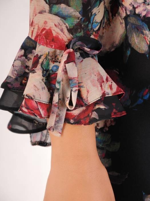 Prosta sukienka w kwiaty z finezyjnymi rękawami, na każdą okazję 26983