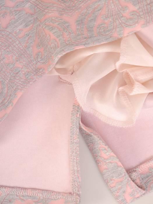 Pudrowa spódnica z oryginalnym wzorem 28312