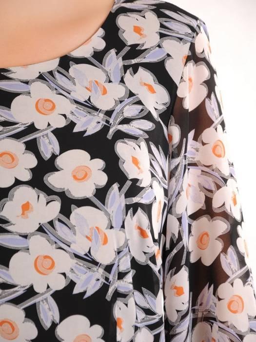Rozkloszowana sukienka, modna kreacja w kwiaty 30491