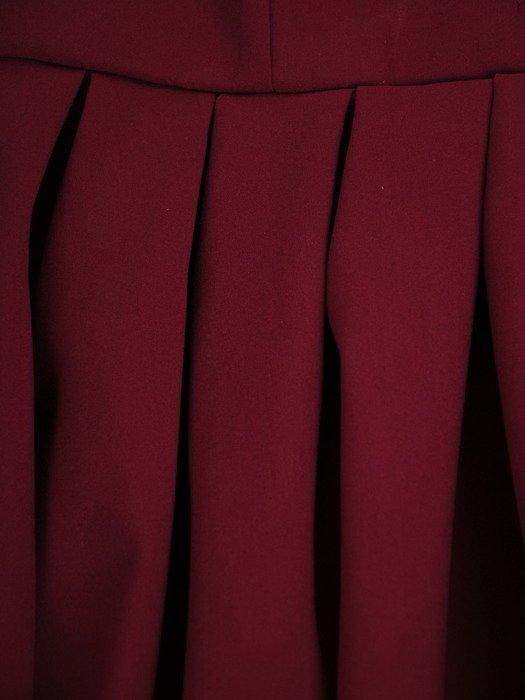 Rozkloszowana sukienka z dekoltem zapinanym na guziki 17189.