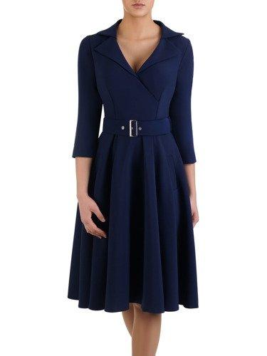 Rozkloszowana sukienka z modnym kołnierzem 14659, elegancka kreacja z paskiem.