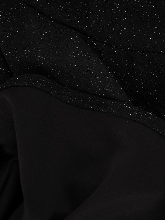 Rozkloszowana sukienka z połyskującej dzianiny, czarna kreacja kopertowa 22866