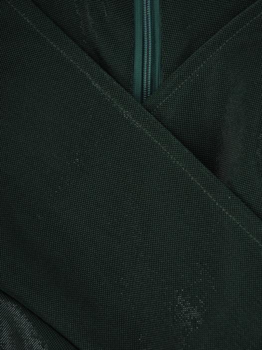 Rozkloszowana sukienka z połyskującej dzianiny, zielona kreacja kopertowa 22883