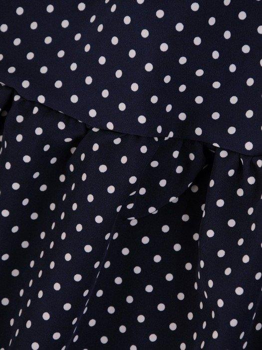 Rozkloszowana sukienka z tkaniny, kreacja z gumką w pasie i falbaną 24612