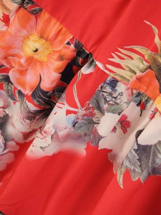 Rozkloszowana sukienka, zwiewna kreacja w kwiaty 29914