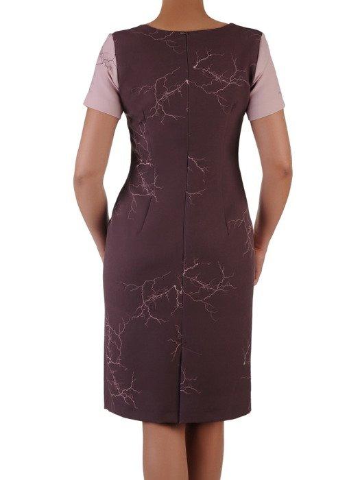 Sukienka damska 16993, wizytowa kreacja w wyszczuplającym wzorze.