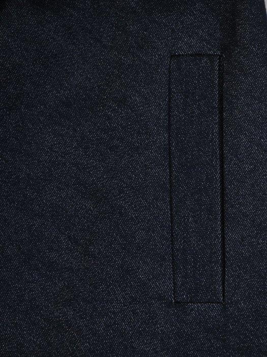 Sukienka damska 17340, dżinsowa kreacja z paskiem.