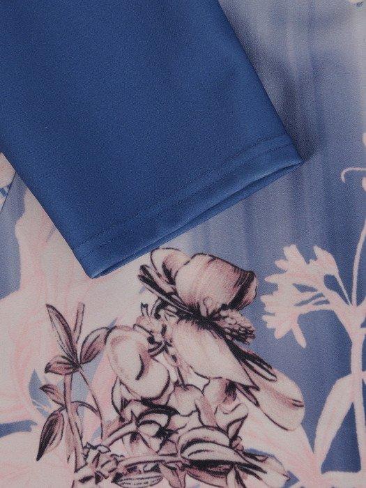 Sukienka damska 17612, dzianinowa kreacja w wyszczuplającym wzorze.