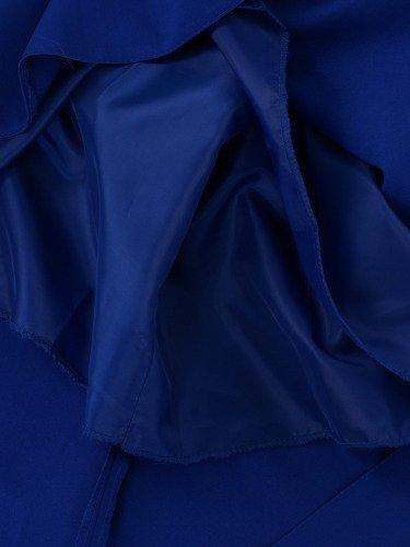Sukienka damska Alberta III, chabrowa kreacja w fasonie maskującym biodra i uda.
