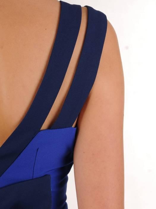 Sukienka damska, rozkloszowana kreacja z tkaniny 27459