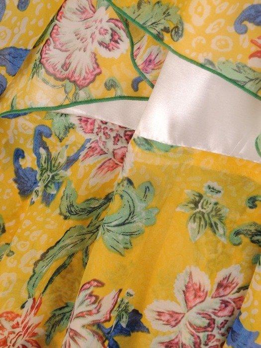 Sukienka koktajlowa, zwiewna kreacja w kwiaty 26169