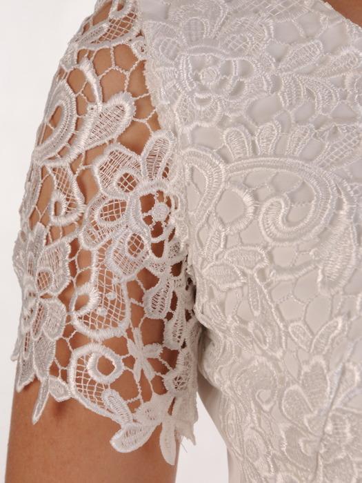 Sukienka na wesele Wirginia XXIV, elegancka kreacja z gipiury i tkaniny.