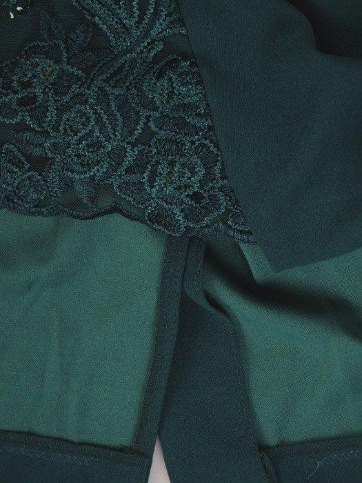 Sukienka na wesele, wyszczuplająca kreacja z koronkowym wykończeniem 22688
