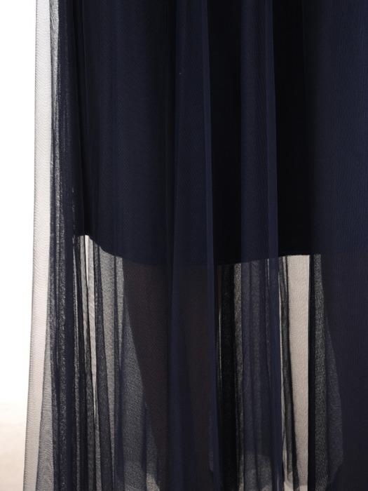 Sukienka o długości maxi, kopertowa kreacja z koronki i tiulu 22486