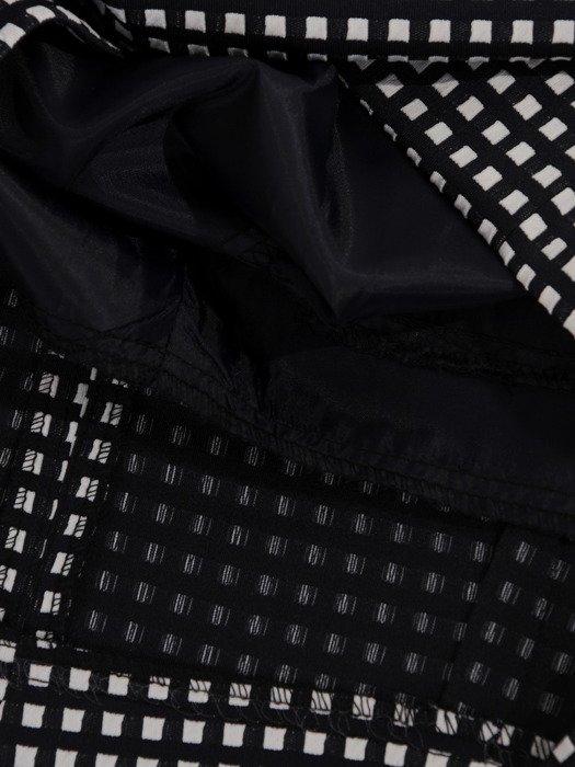 Sukienka tuba Mirona V, wyszczuplająca kreacja maskująca brzuch.